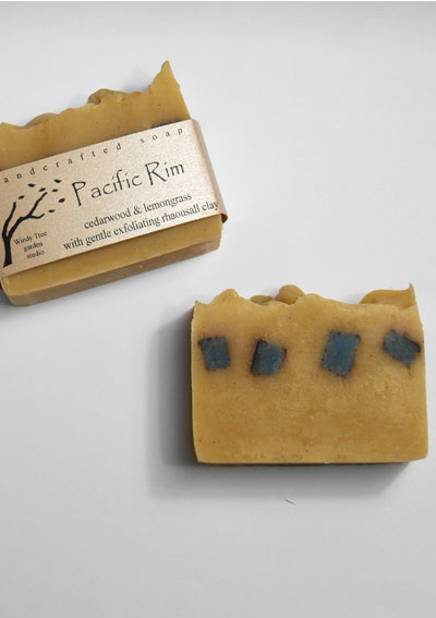 A blend of lemongrass & cedarwood essential oils with rhauosall clay for a gentle, exfoliating soap